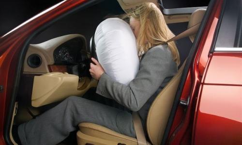 Túi khí ô tô và những hiểu lầm không đáng có
