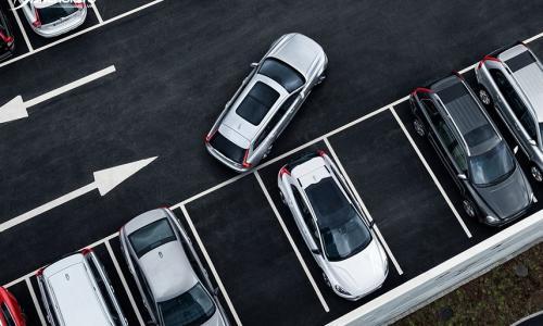 Vì sao khi đỗ xe nên quay đầu ra ngoài